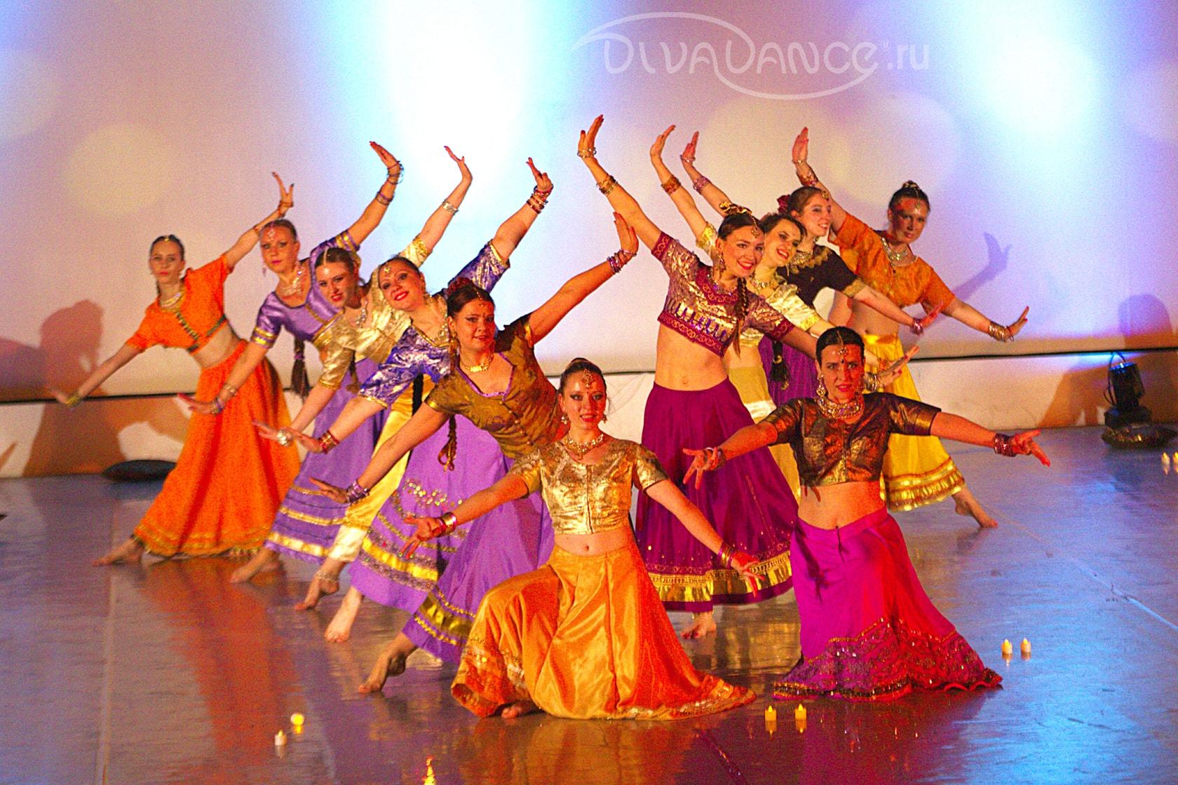 Индийские сексуальные танцы видео