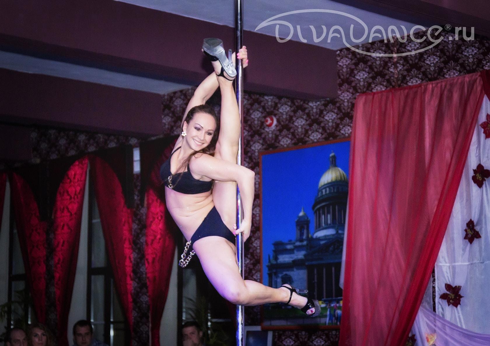 Смотреть онлайн танец стриптиз 7 фотография