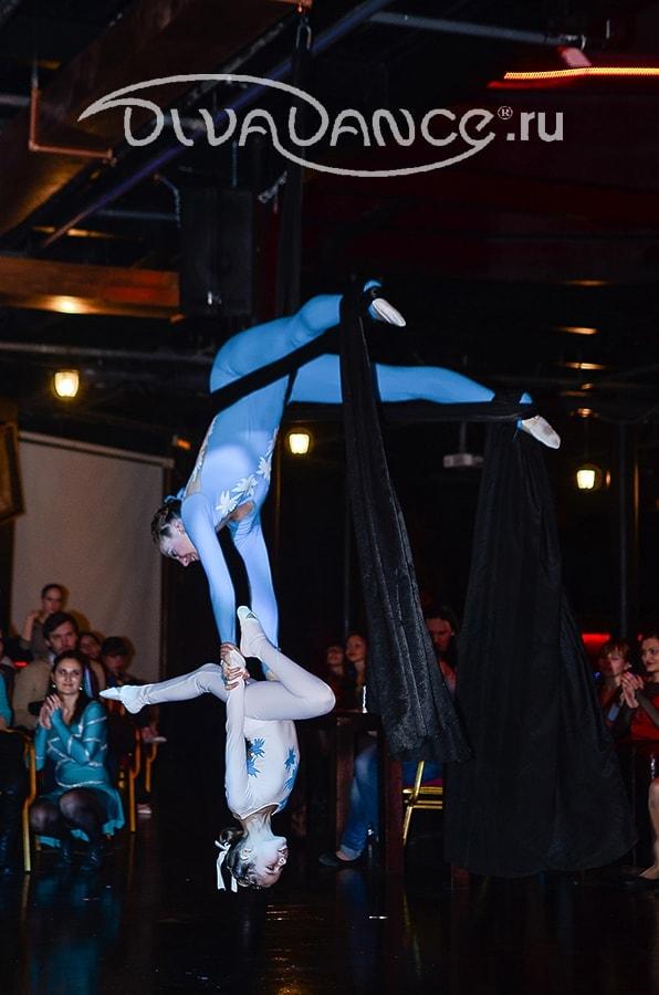 Сексуальная акробатика гимнастика